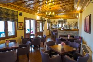 Cafe - bar, Lakmos Hotel Tzoumerka hotels accommodation Prosilio Ioannina